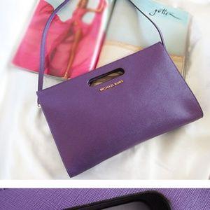 MICHAEL KORS Saffiano leather XL clutch purple